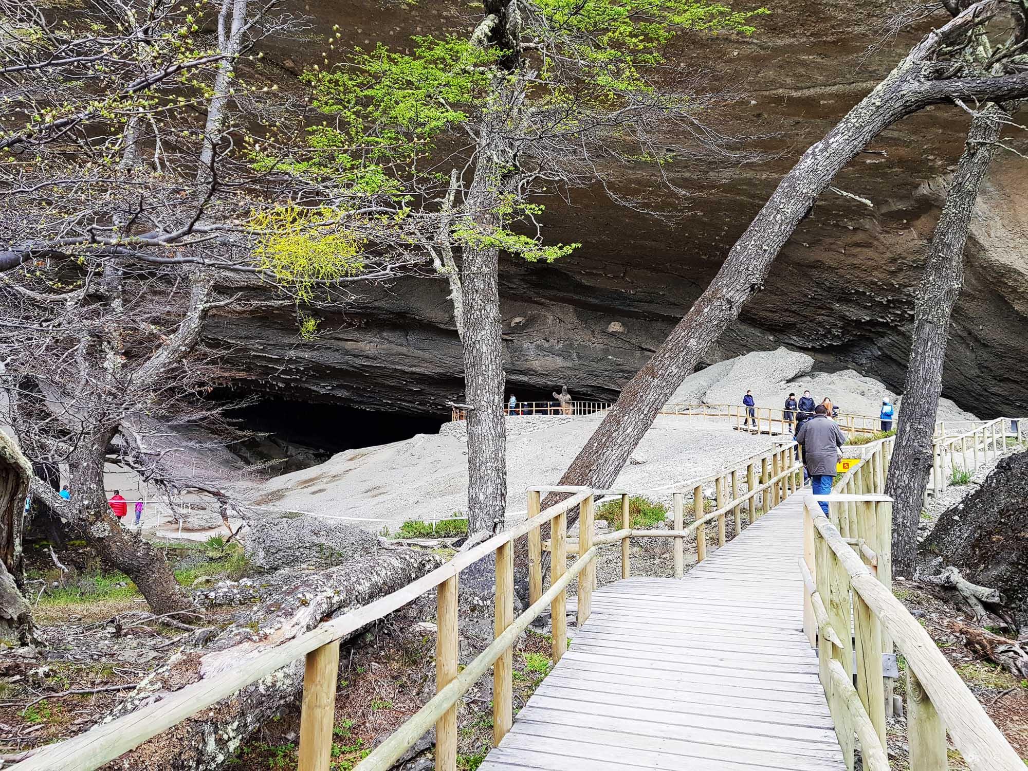 Am Weg in die Höhle