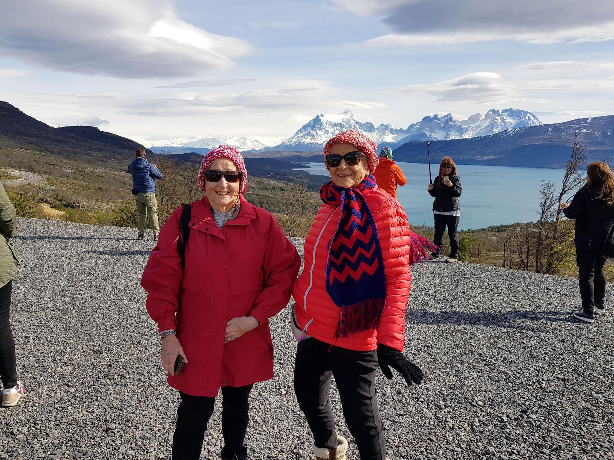 Patagonien zeigt sich von seiner schönsten (Wetter)Seite, aber vor dem rauhen Wind mussten wir uns schnellstmöglich schützen